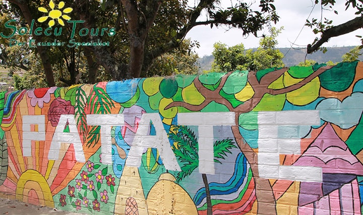 Bunte Mauer in Patate