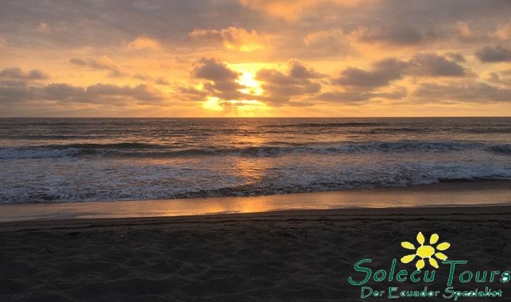 Sonnenuntergang bei Puerto López Ecuador