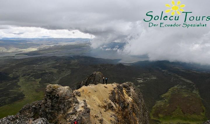 Die Aussicht vom Rumiñahui, einem der Vulkane in Ecuador
