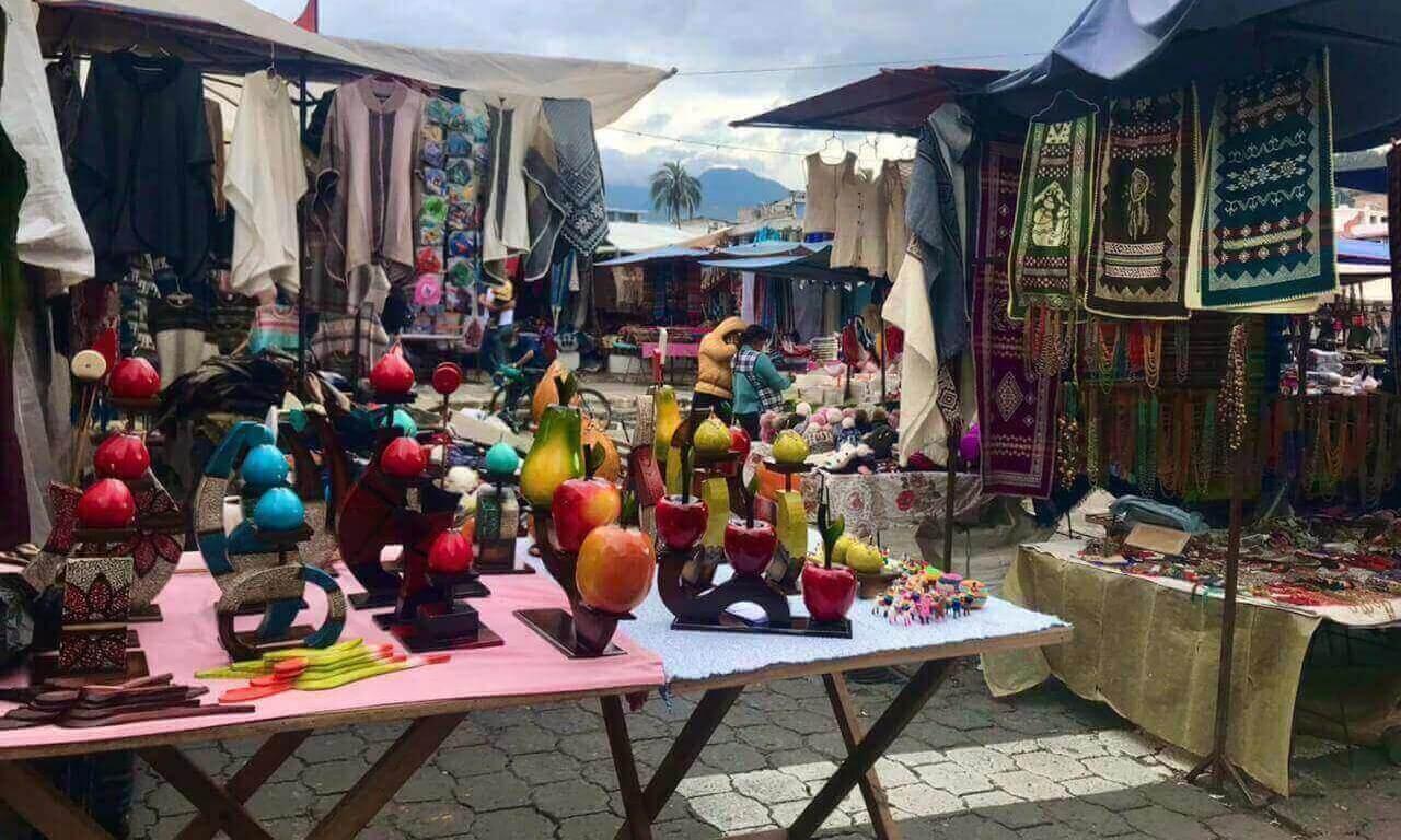 Otavalo Marktstand