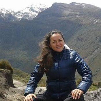 Linda Reiseleiterin Ecuador