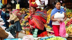 Urubamba, Kultur und Gastronomie auf einem Markt in Peru