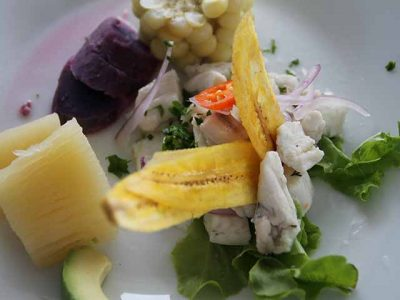 typisches Essen von der ecuadorianischen Küste